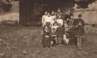 02-upper-righthull-school-children-armentrout-atkins-etc-forbrhpsite
